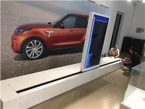 汽车发布会滑轨电视