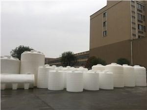 四川PE塑料桶灌溉用塑料水箱